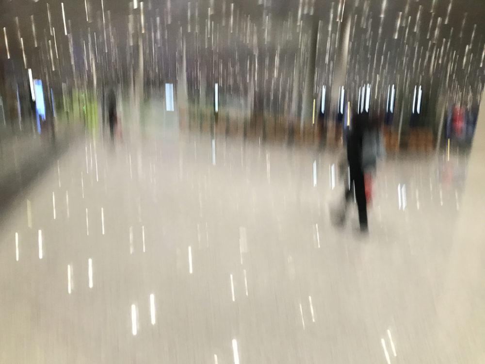 19-20パリ旅行、北京空港で初トランジット。